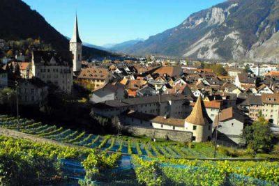 stipendio medio programmatore svizzera